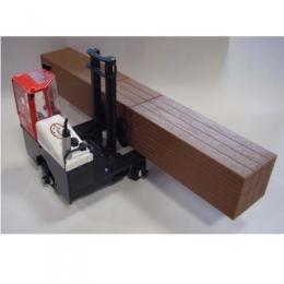 13713906 погрузчик Combilift (Sideloader - модель) Модель погрузчика Combilift (Sideloader - модель) Масштаб 1/25