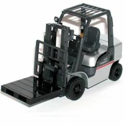 10797532 погрузчик Nissan (L01/L02 Agres - модель) Модель погрузчика Nissan (L01/L02 Agres - модель) Масштаб 1/24